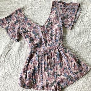 O'Neill Pink Floral Romper - size small
